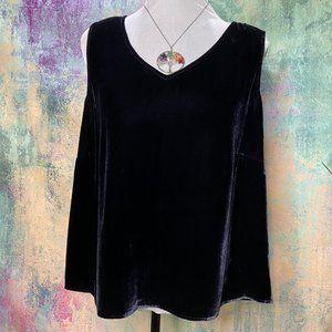 📌Finity Elegant Silk Mix Velvet Top